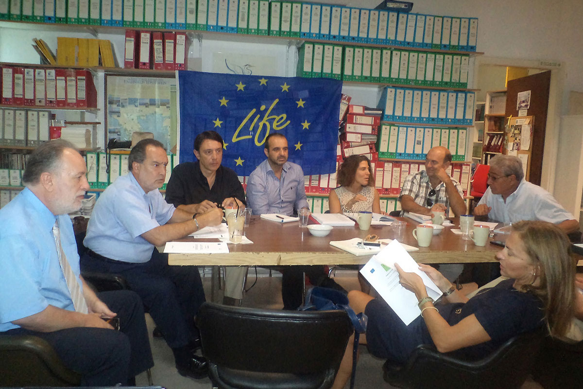28/9/2013 Μeeting of the project partners in the offices of the HSPN. Photo: L. Chatzivasileiou