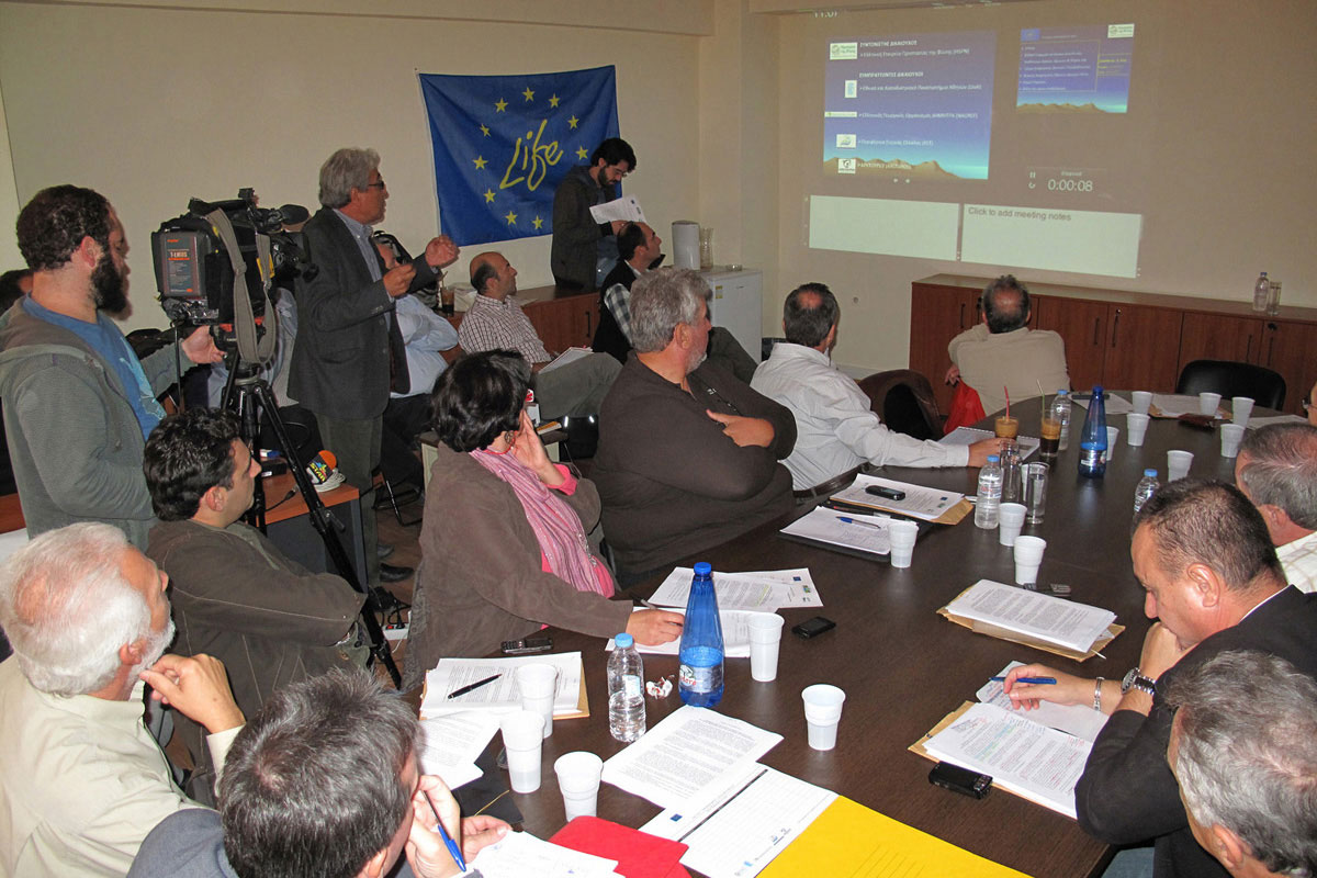 8/11/2012 First public presentation of the project in Lamia. Photo:  G. Politis